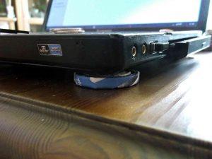 podkładka-pod-laptopem
